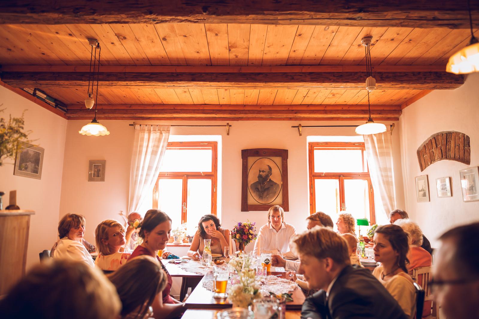 zahájení svatební hostiny Lenky a Bedřicha
