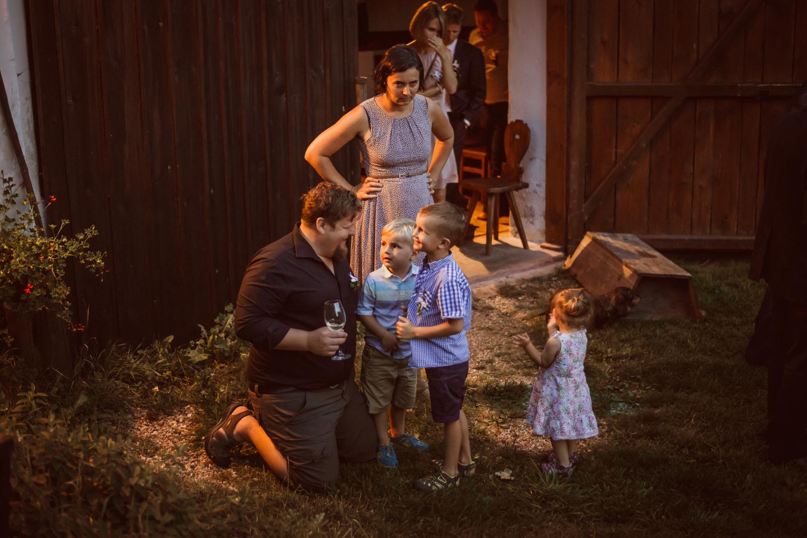 nejmenší svatební hosté